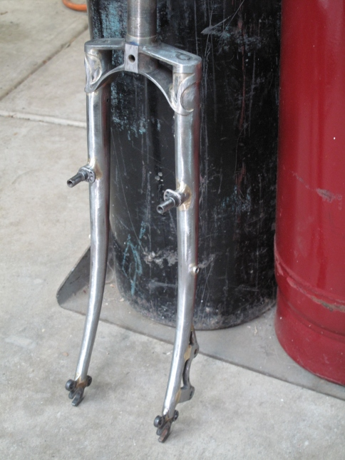 Complete touring fork